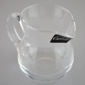 Üveg kiöntő hasas